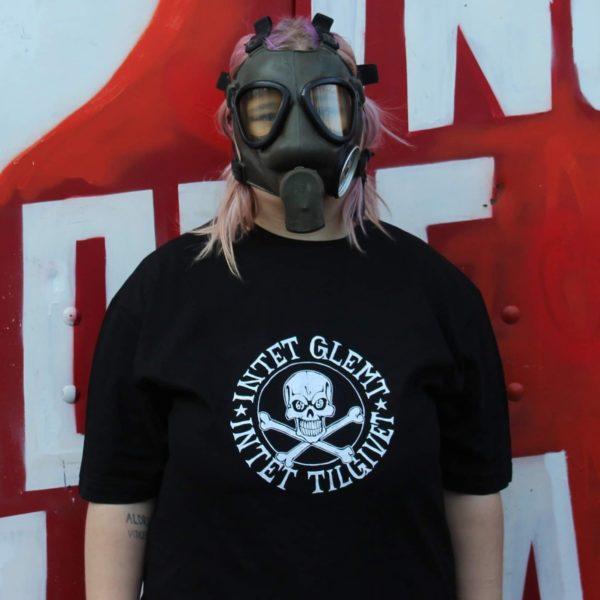 intet-glemt-intet-tilgivet-t-shirt-unisex